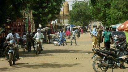 Una calle transitada de Gao, en el norte de Malí.