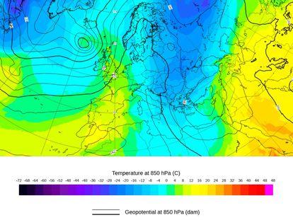 Mapa de temperatura prevista a 1500 metros de altitud para el martes 16. Se observa la potente irrupción de aire frío en Europa central y oriental, mientras que Europa occidental queda bajo el influjo del aire subtrópical cálido.
