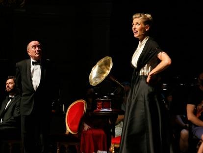 Ellie Laugharne y Richard Stuart, en el musical 'My fair lady', en el Liceo de Barcelona.