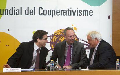 Alberto Fabra, este martes, durante el acto por el Día del Cooperativismo.