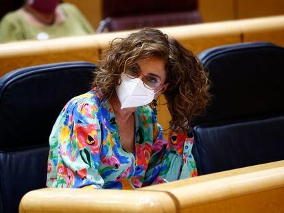 La ministra de Hacienda, María Jesús Montero, este martes en el Senado.