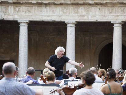 Simon Rattle, el sábado en el festival de Granada.