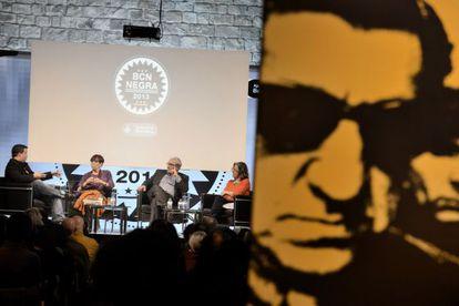 De izquierda a derecha, Ricard Ruiz Garzón, Maruja Torres, José Sanclemente y Berna González Harbour, ayer en BCNegra.