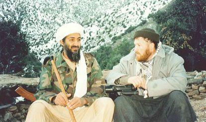 Osama Bin Laden en Tora Bora en una imagen de archivo cedida por la fiscalía de distrito de Nueva York.