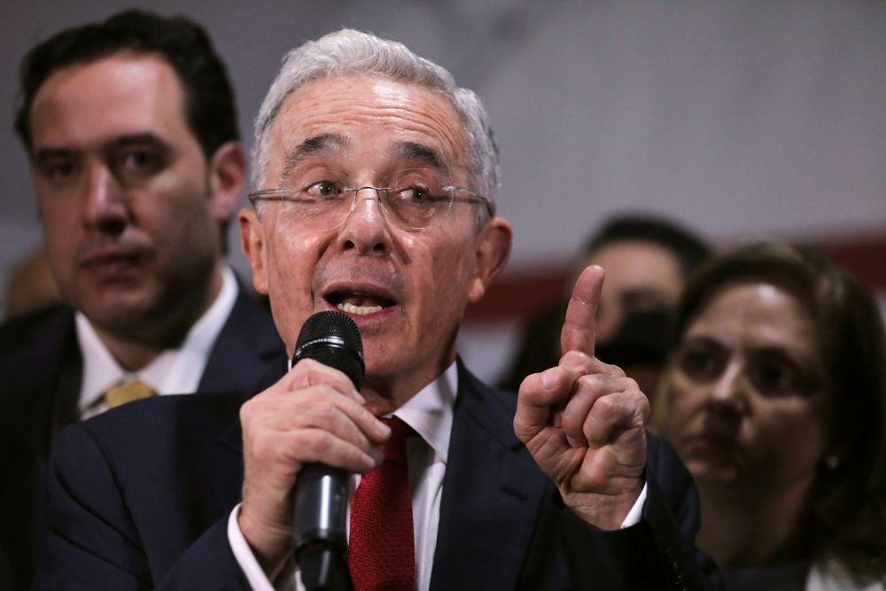 Así han sido las reacciones a la orden de detención contra Álvaro Uribe