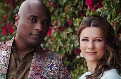 La princesa Marta Luisa de Noruega y el chamán Shaman Durek.