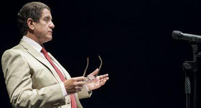 Pedro Casablanc como Luis Bárcenas en 'Ruz-Bárcenas'.