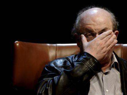 Salman Rushdie, durante la presentación de su último libro en el centro Niemeyer (Avilés).