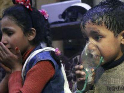 Barriles bomba, bombardeos en zonas civiles, ejecuciones sumarias e incluso ataques químicos más letales no motivaron en los últimos siete años la intervención directa contra el régimen sirio