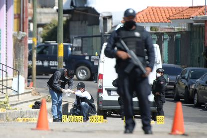 Escena del crimen donde fueron atacados 13 policías en Coatepec Harinas, en el Estado de México.