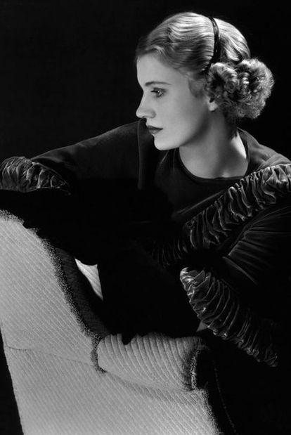 Lee Miller, en un autorretrato realizado en Nueva York en 1932.