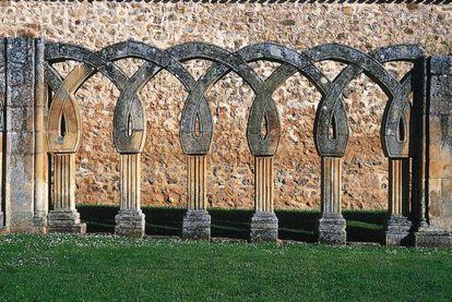 Arquería del lado norte de San Juan del Duero, en Soria.