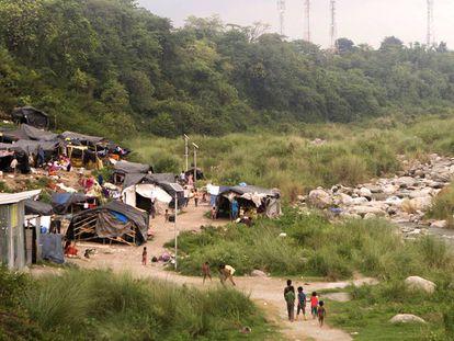 El suburbio al que han sido expulsados decenas de habitantes de Dharamsala.