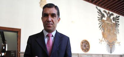 El presidente del TSJA, Lorenzo del Río, en la presentación de la memoria en 2011.