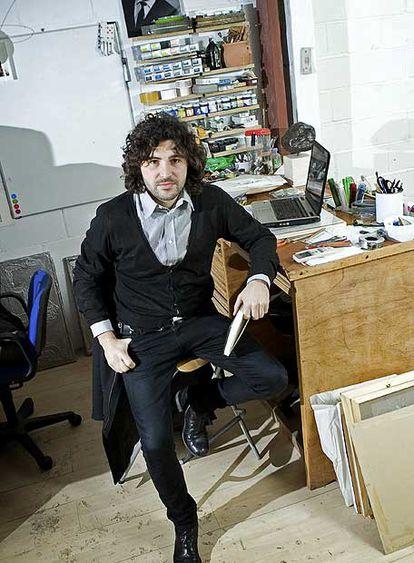 Secundino Hernández, en su estudio de Madrid.