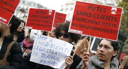 Manifestación en Francia a favor de la legalización de la prostitución.