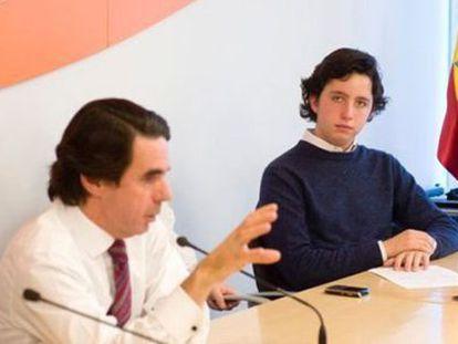 Francisco Nicolás Gómez Iglesias con José María Aznar.