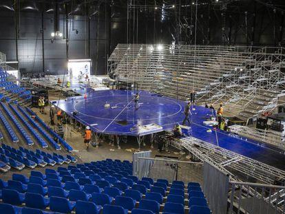 Montaje del escenario en el Parc del Fòrum