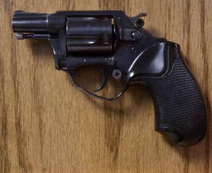 Revólver de calibre 38 con el que Mark David Chapman mató a John Lennon el 8 de Diciembre de 1980. Chapman efectuó cinco disparos contra el ex-beatle, que llegó muerto al hospital.