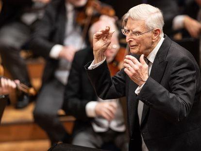 Herbert Blomstedt dirige a la Filarmónica de Viena en la Cuarta Sinfonía de Anton Bruckner.