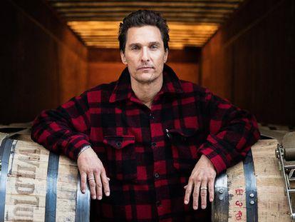 El actor Matthew McConaughey en el anuncio de la bebida Wild Turkey.