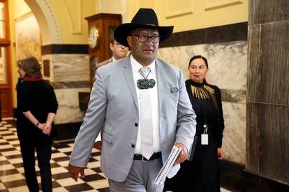 Los dos líderes del Partido Maori, Rawiri Waititi y Debbie Ngarewa-Packer, en el Parlamento neozelandés el pasado noviembre.