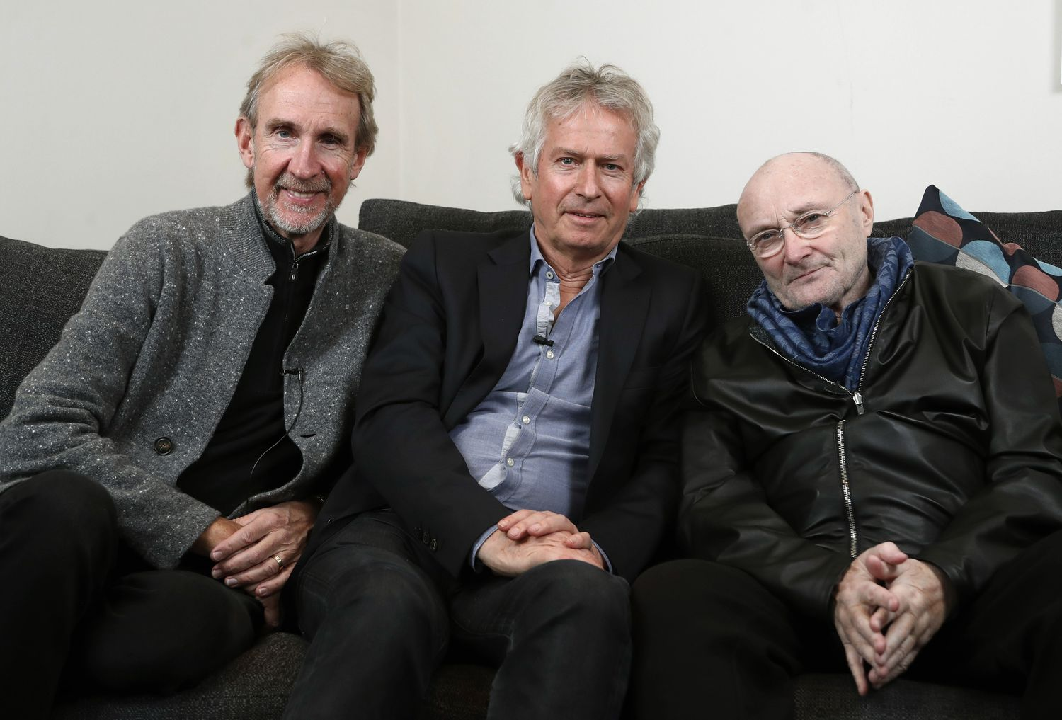 Mike Rutherford, Tony Bank y Phil Collins de Genesis.