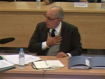 El expresidente de Bankia, Rodrigo Rato, durante su declaración en el juicio por el caso Bankia.