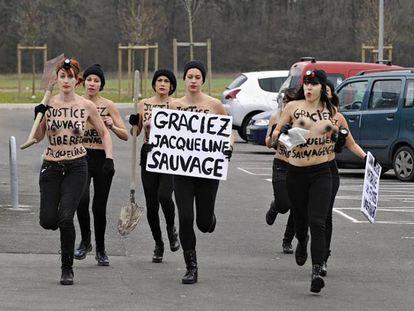 Activistas de Femen se manifiestan por el indulto a Jaqueline Sauvage en Enero.
