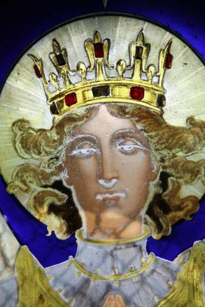 Detalle de la cabeza del arcángel realizado por Gaudí.