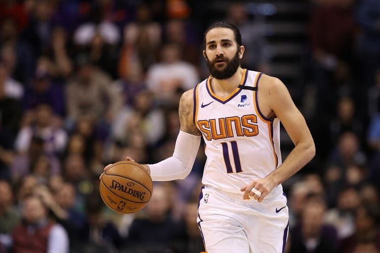 Ricky Rubio, in a game between the Suns and Spurs.