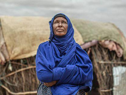 Amina Ibrahim, madre de 12 niños, tuvo que abandonar su hogar en Etiopía por la sequía.