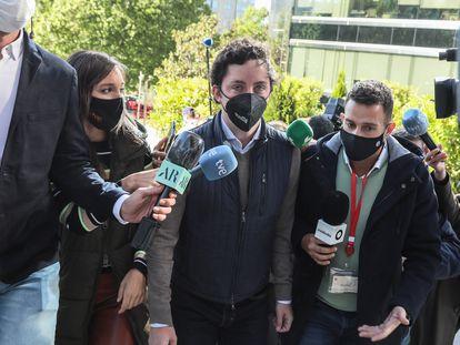 El Pequeño Nicolás, a su llegada a uno de los dos juicios celebrados en la Audiencia Provincial de Madrid, el pasado 11 de mayo.
