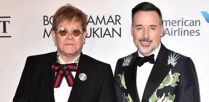 Elton John y su marido  David Furnish.
