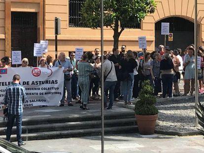 Trabajadores de hostelería en Asturias protestan reclamando avances en su convenio