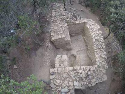 La torre seis de la muralla de Samalús, una vez escavada.
