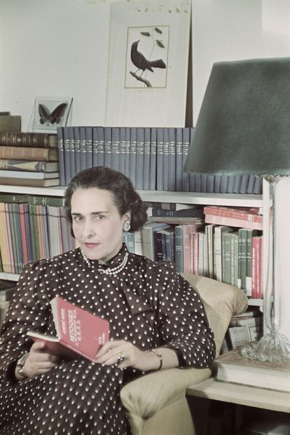 La escritora e intelectual argentina Victoria Ocampo, retratada por Gisèle Freund en Buenos Aires, en 1944.