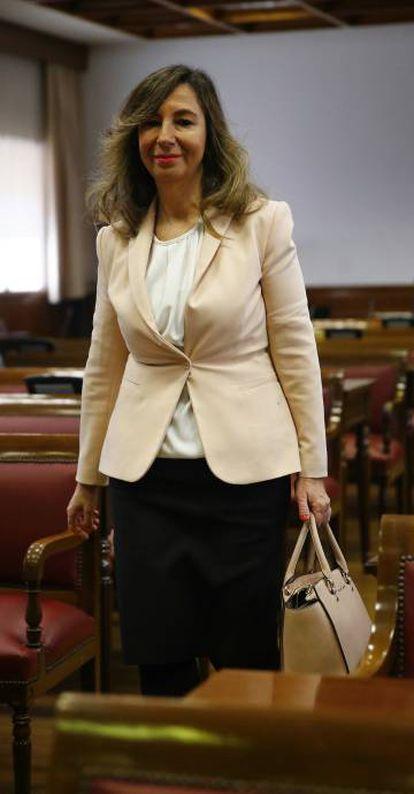 La candidato a Magistrado del Tribunal Constitucional Lourdes López Cumbre.