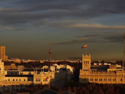 Vista de la contaminación en Madrid al atardecer.