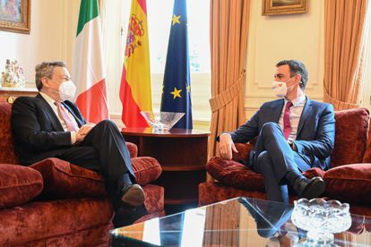 Mario Draghi y Pedro Sánchez esta semana en el palacete Albéniz de Barcelona.