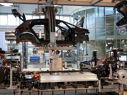 Fábrica de  coches de Volkswagen en la ciudad alemana de Dresden.