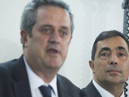 El consejero de Interior, Joaquim Forn, y el director de la policía, Pere Soler.