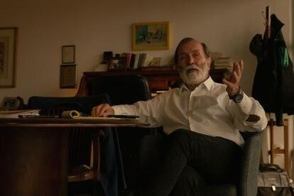 Epigmenio Ibarra in studies.