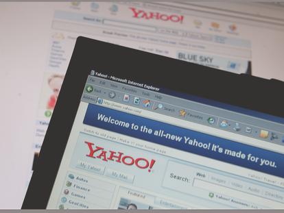 Aspecto de la web oficial de Yahoo en 2006.