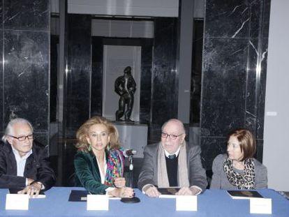 La concejala Mayrén Beneyto, en el centro junto a Ferran Montesa y María Ängeles Roselló a su izquierda.