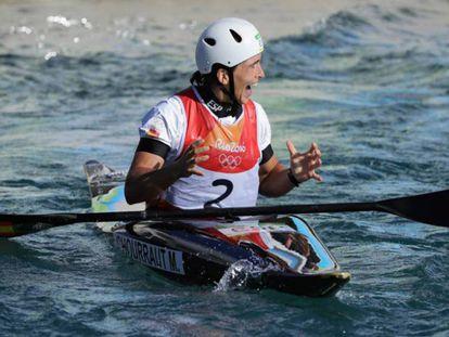 Maialen Chourraut festeja su medalla de oro. En el vídeo: Los familiares de la piragüista celebran su victoria