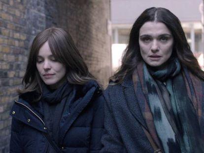 Rachel McAdams (izquierda) y Rachel Weisz, en el filme.