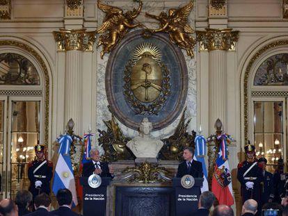 Los presidentes Sebastián PIñera y Mauricio Macri durante la rueda de prensa en la Casa Rosada, en Buenos Aires.