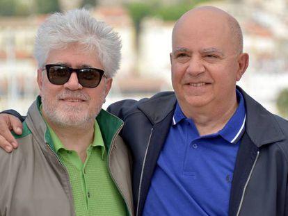 Pedro y Agustín Almodóvar, en Cannes.