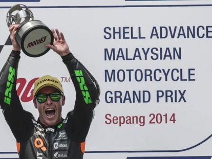 Efren Vazquez celebra su victoria en Malasia.